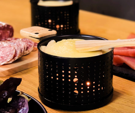 Raclette à la bougie, une idée lumineuse et romantique