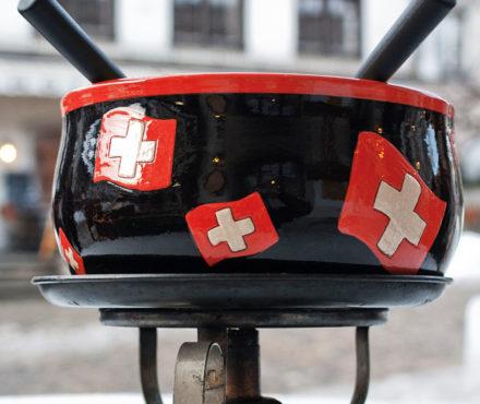 La fondue suisse moitié-moitié, une réussite à 100% !
