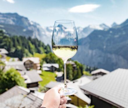 La fondue au vin de Savoie : vous allez voir du terroir !