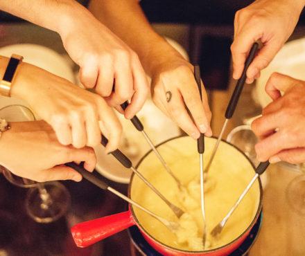Fondue aux fromages de Savoie : la recette 100% tricolore !